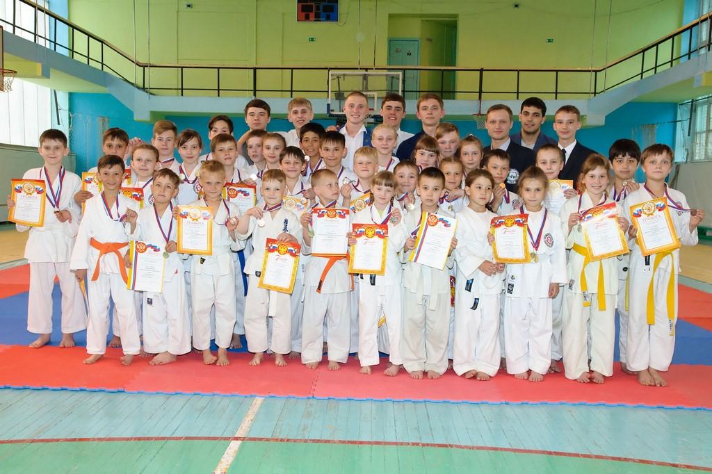 pervenstvo-asbestovskogo-gorodskogo-okruga-po-karate-2017-36